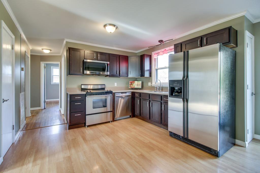 8031 Sawyer Brown Rd