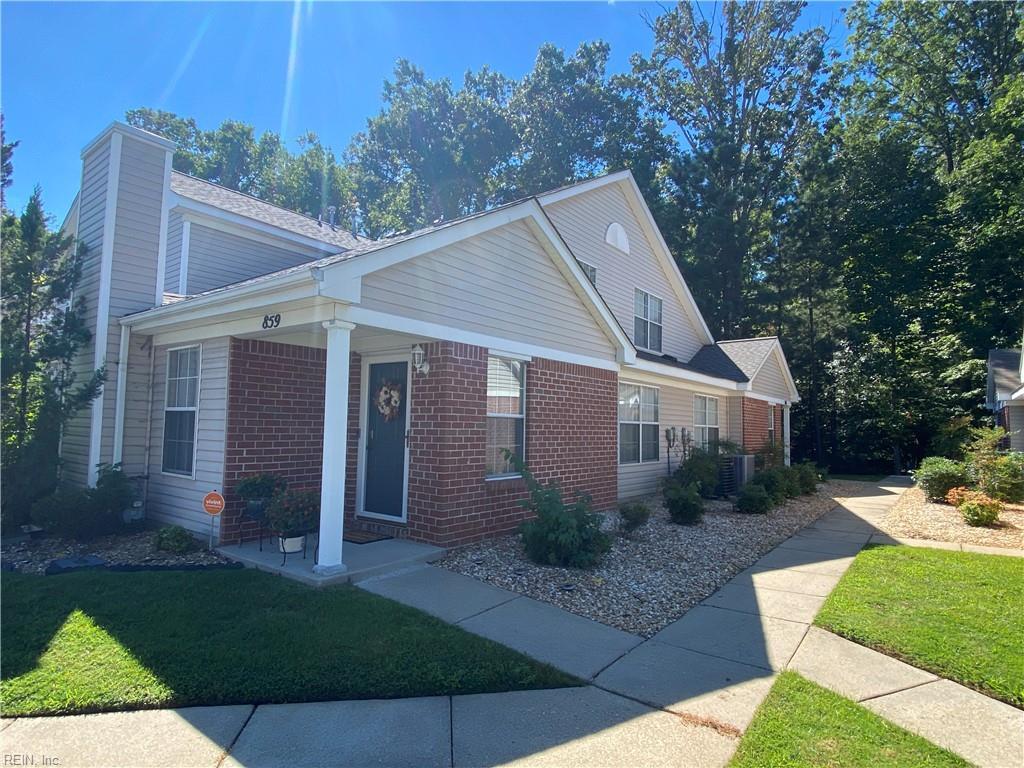 861 Miller Creek Lane, Newport News, VA 23602