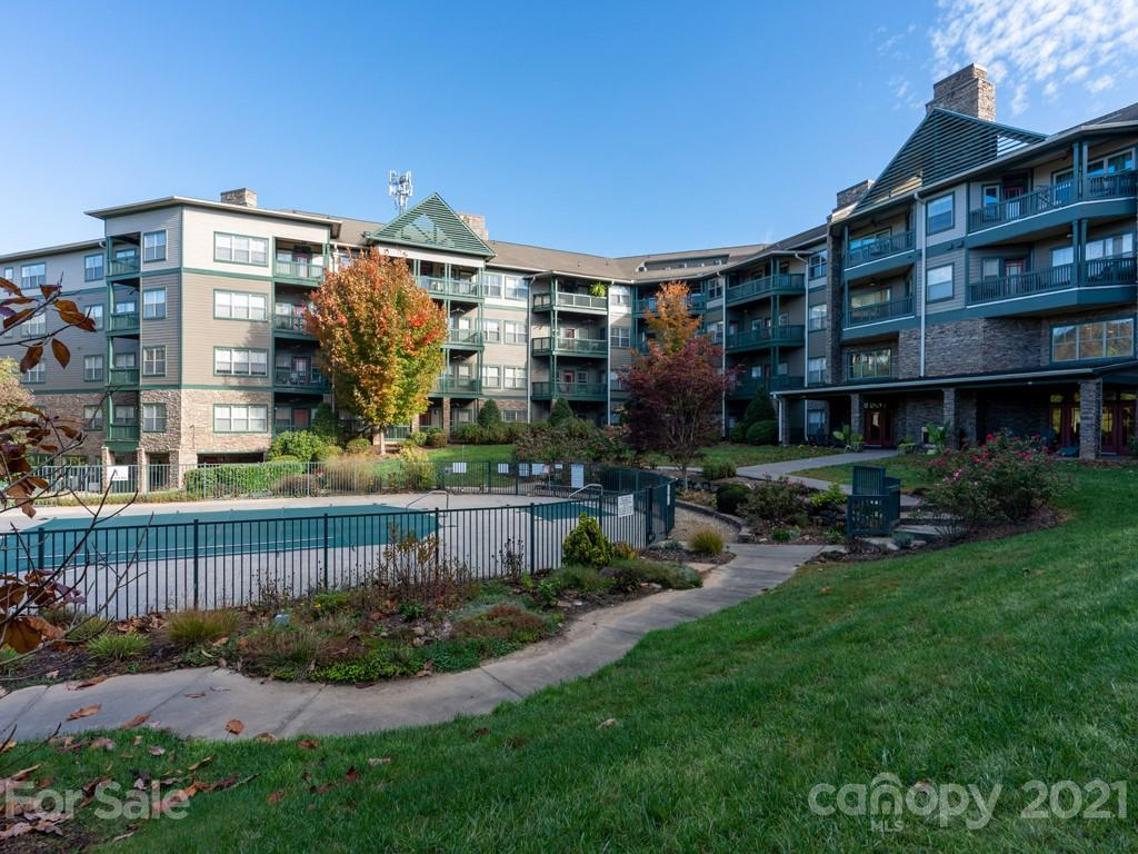 9 Kenilworth Knoll 106, Asheville, NC 28805