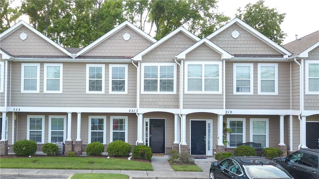 Welcome to this move-in-ready townhome style condo that is conveniently located in the heart of Virginia Beach near Town Center!  This previously model, one owner home has 2 bedroom, 2.5 Bath boasts an open concept, kitchen with energy star appliances and plenty of cabinet/storage space and new disposal! Floor plan includes 9ft ceilings and a 12.6X11 bonus area – which could make a great playroom or office space! Not just one but TWO large primary bedrooms with attached full baths. Main primary suite offers a large walk-in closet with extra shelving and double vanity sinks.  Fenced in backyard with artificial turf.  New Anderson storm door.  Enjoy low maintenance living with landscaping, city sewage, and trash pickup included through the association. Great nearby schools, shopping, restaurants and interstate access.