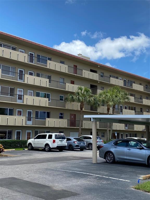 4460 Ironwood Circle 305A, Bradenton, FL 34209