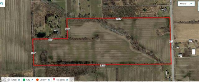NICE PARCEL w/ 892 FOOT FRONTAGE ON PAVED RD. NATURAL GAS, ARMADA / RAY DRAIN RUNS THRU, 80%-90% TILLED GROUND