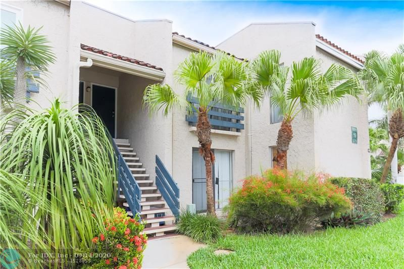 RARELY AVAILABLE~3BD~2BA~GARDEN VIEW~TOP FLOOR~CORNER UNIT~in GUARD GATED ALL AGES COMMUNITY~EAST of I-95~8 MINS to FAMOUS LAUDERDALE-BY-THE SEA BEACH~CLOSE TO AIRPORT! SCREENED IN BALCONY SURROUNDED by BEAUTIFUL tropical TREES! UNITE w/TWO ENTRANCES! WALK to PUBLIX, U-FIT, SHOPS, RESTAURANTS, BANKS, SCHOOLS etc. DESIRABLE SPLIT floor plan for COMPLETE PRIVACY: MASTER SUITE w/WALK-IN CLOSET & MASTER BATH on one side & 2 other BEDROOMS & bath on the other side of the unit.SEPARATE LIVING & ADDITIONAL DINING/FAMILY ROOM is great for ENTERTAINING! WASHER & DRYER IN THE UNIT! RESORT STYLE AMENITIES OFFERING 2 POOLS, LARGE 24/7 FITNESS CENTER & A CLUBHOUSE. LOW HOA! LOTS OF PARKING SPACES! One pet