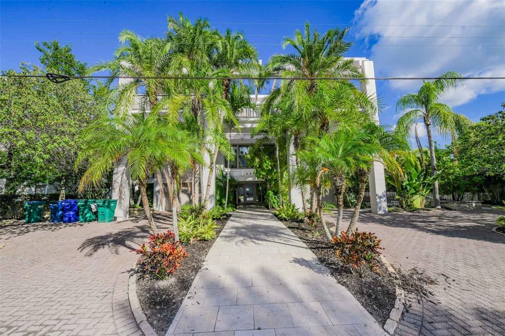 804 N Shore Drive, Anna Maria, FL 34216