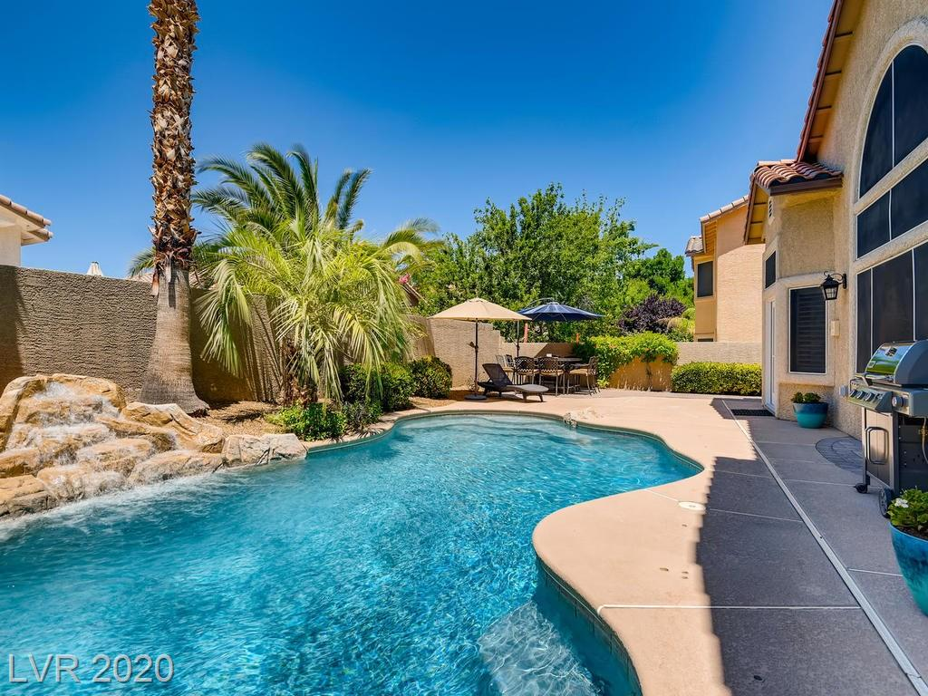1261 Autumn Wind Way, Henderson, NV 89052