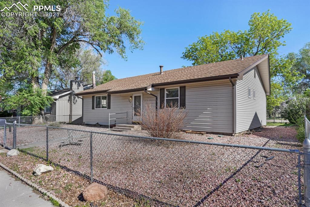 This cute rancher is in a mature neighborhood in Fountain just minutes from I-25, Ft Carson, Peterson as well as parks, restaurants, and shopping along 85/87. This 3-bedroom, 2-bathroom home has a lot of character. Its' single level living is perfect for your first home or your 3rd!! With a little bit of tlc and some updates, this home is waiting on its new owner to make this house a home. Mature fenced back yard would be perfect for pets and back porch sitting in the summer evenings.