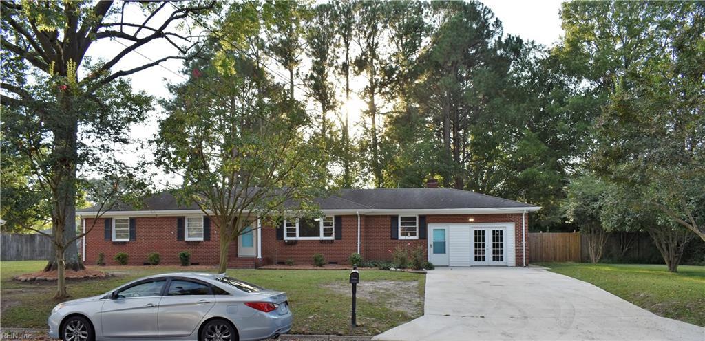 1120 Chesslawn Circle E, Chesapeake, VA 23320