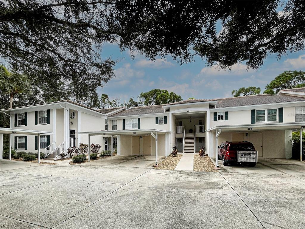 801 Montrose Drive 202, Venice, FL 34293