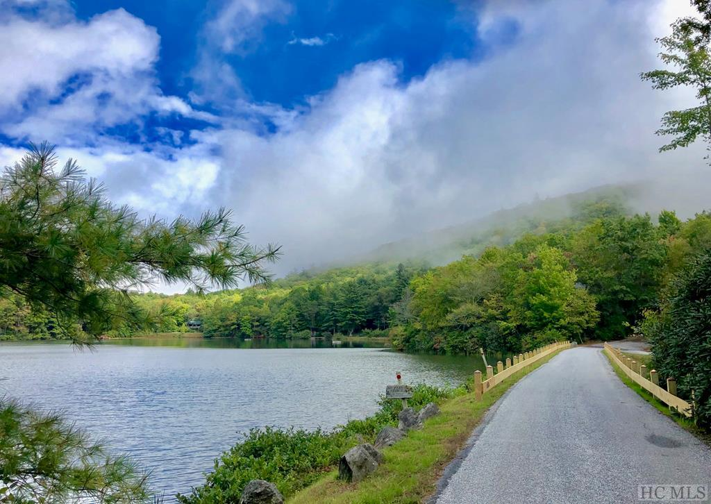 Lot 68 Lakeside Drive, Scaly Mountain, NC 28775