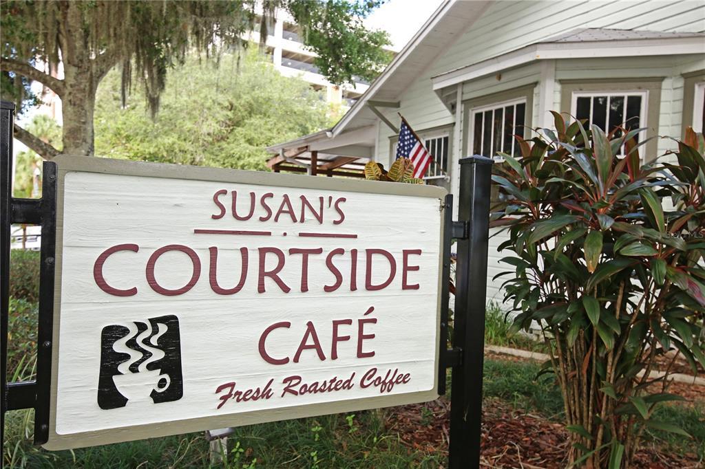 18 S Orlando Avenue, Kissimmee, FL 34741