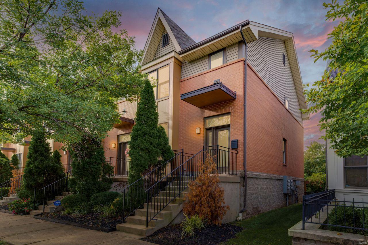 4208 Olive Street, St Louis, MO 63108