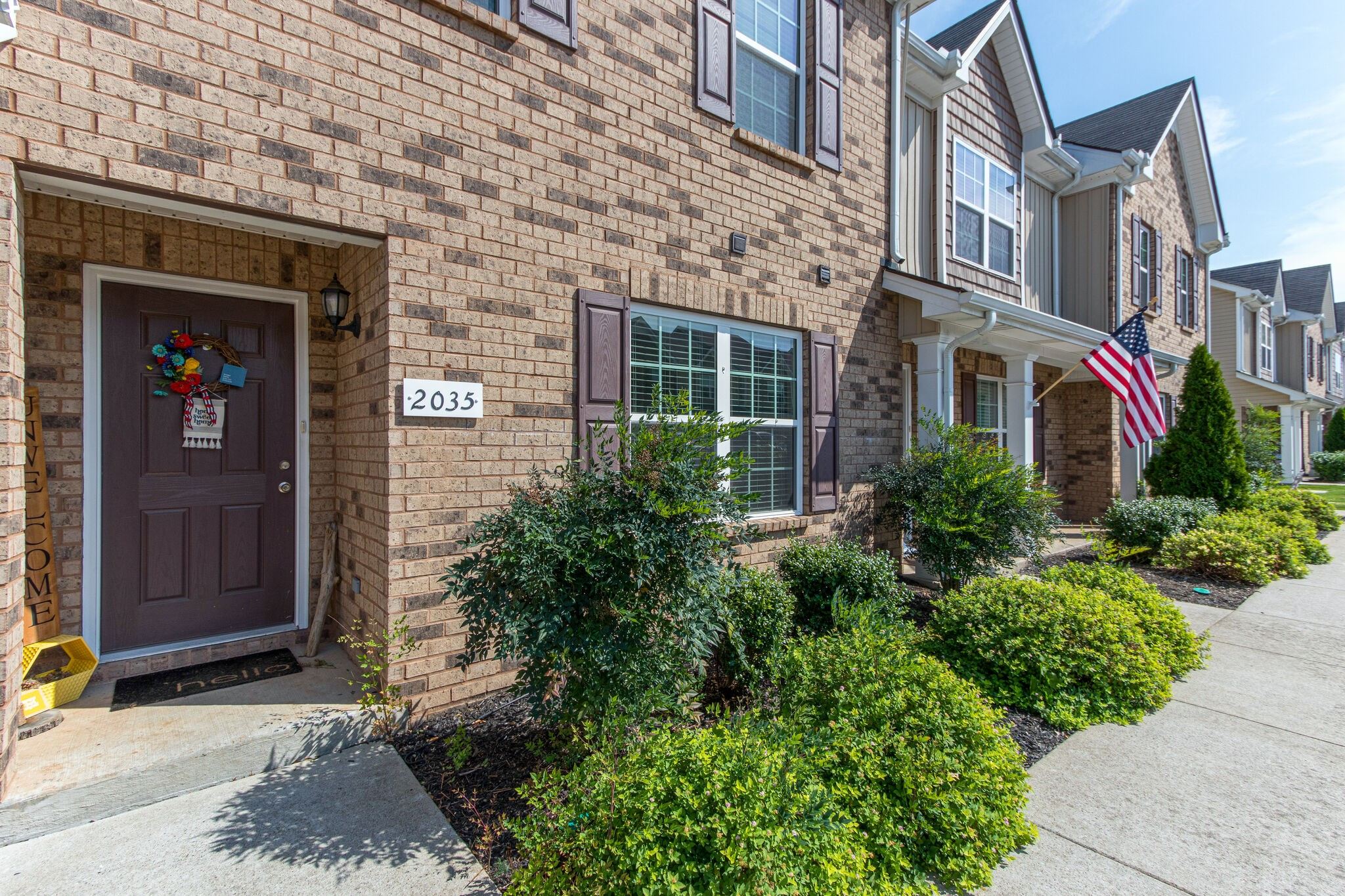 This is a beautiful townhouse with a wonderful open floor plan.  Birch staggered cabinets in the kitchen and all kitchen appliances stay.  Carpets freshly cleaned upstairs and hardwood flooring downstairs. A private patio setting with extra storage. This place is simply a must see and won't last long.