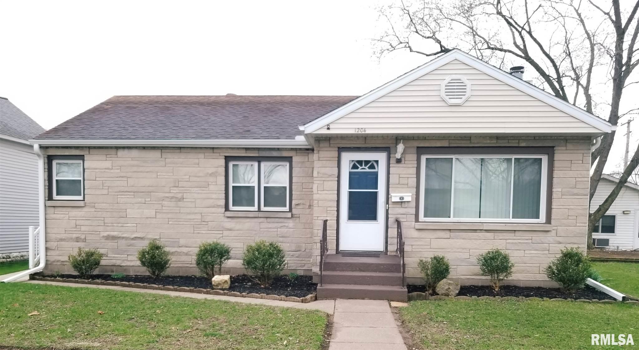 1204 15TH Avenue, Fulton, IL 61252