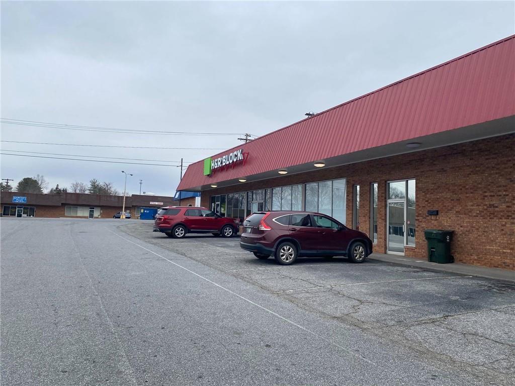 129 Fairway Shopping Center Street