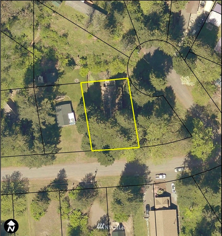 Looking for a level lot that's ready to build on in Packwood? Walk/Bike to nearby river access & trails. This place was loved by a family for generations, but the manufactured home and sheds have seen better days. Seller is granddaughter in charge of estate, and has hired a contractor to clear the lot asap.  ~15 mi to Mt Rainier Nat'l Park; White Pass Ski Area ~22 mi; ~3 mi to Packwood stores & restaurants.  HOA amenities incl pools, golf, clubhouse & water.  Power, electric and septic already on site. Will need to re-establish connections for power and water once the home is disconnected. May coordinate with contractor doing demo and hauling if you make offer soon!  Lot is in floodplain -- Buyer to verify building codes with county.