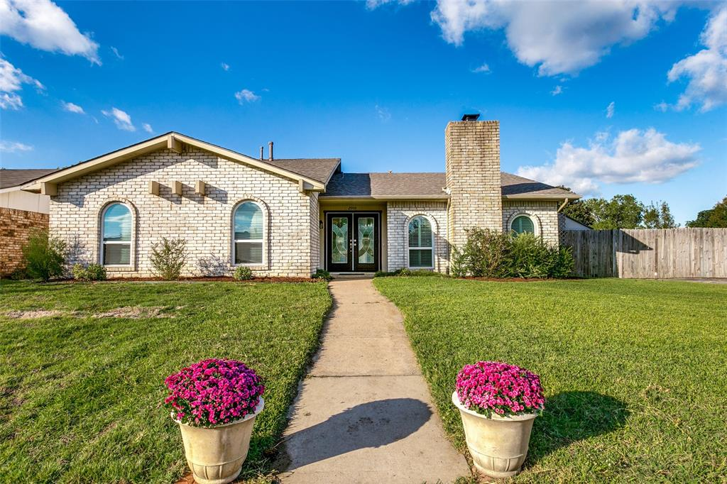 Located near Frankford and George Bush, this home has a lot to offer!