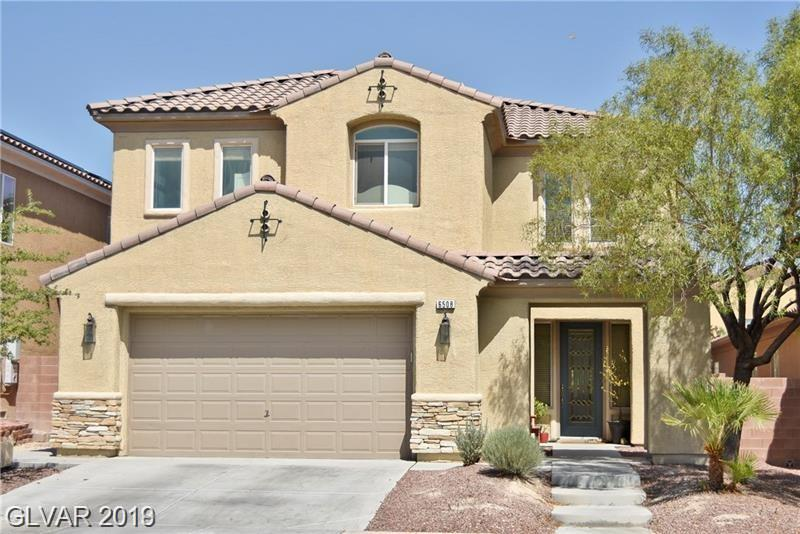 Beautiful home..... open floorplan.....full of upgrades. Gourmet kitchen with granite countertops.....large master suite......huge family room....water treatment system......new paint....gorgeous home!