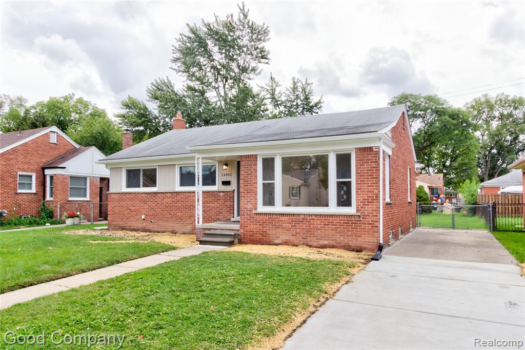 Gorgeous fully updated Oak Park ranch features a beautiful interior ready for your charm and customization. Fresh paint, beautiful hardwood floors throughout, brand new kitchen, and finished basement. Covered front porch leads to a large living room and open dining room with recessed lighting and a big front window. Roomy updated kitchen with new cabinets, counters, and stainless-steel appliances. Three nice sized bedrooms share a lovely updated full bath with marbled tile shower. Partially finished basement offers a bonus entertainment area, half bath, laundry, and extra storage space. Big fenced backyard. Steps away from David H. Shepherd Park and close to downtown Ferndale. Welcome Home!