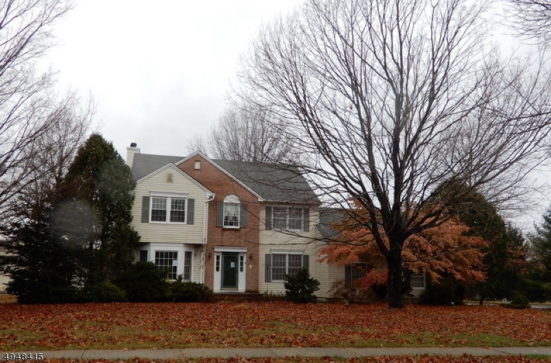 Large center hall Colonial with 4 BR 2.5 bath on a level corner lot.  Formal living room with french doors leads to the family room with fireplace. Eat in kitchen with butlers pantry and formal dining room. Large master bedroom with WIC and large bath with separate shower. Sold AS IS. Partially finished area of the garage can be removed to hold 2 cars.