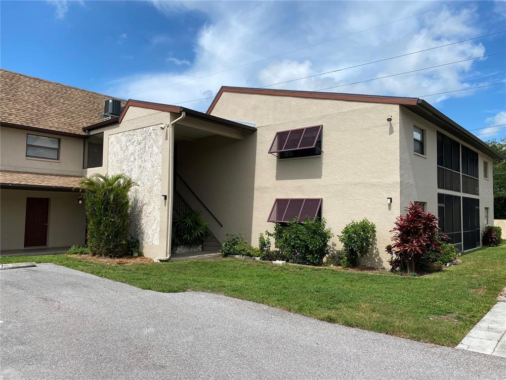 7243 Cloister Drive 210, Sarasota, FL 34231