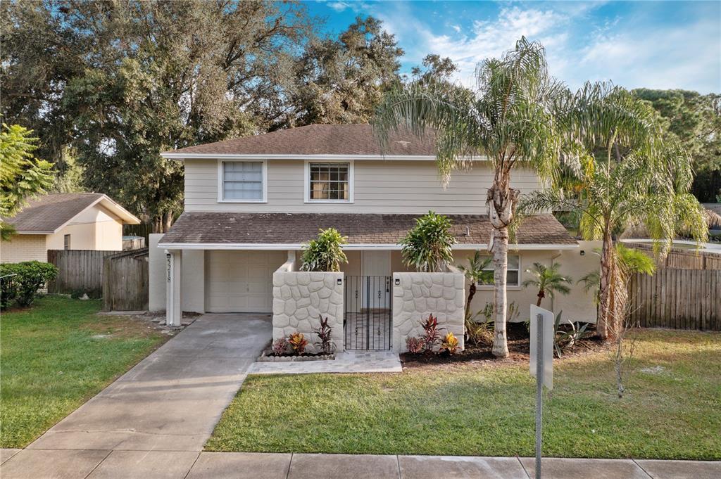 5218 Headland Hills Avenue, Tampa, FL 33625