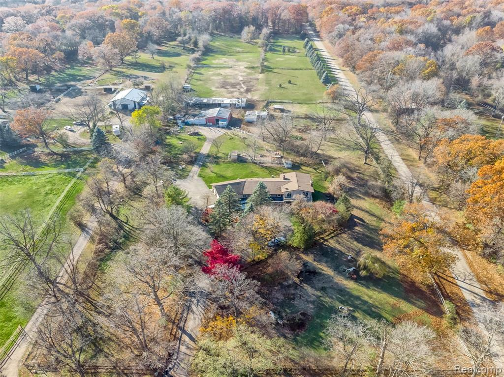 BUILD YOUR DREAM HOME IN MILFORD'S GORGEOUS HORSE COUNTRY. 5 ACRES OF LAND WITH ACCESS GRANTED THROUGH PRIVATE FINI ROAD! HIKING AND HORSE TRAILS WITHIN 20 YARDS!  THIS LAND IS EXTREMELY RARE BECAUSE IT COMES WITH ITS OWN PRIVATE ROAD LEADING TO THE REST OF THE ACREAGE OUT BACK! SO IF YOU ARE INTO COUNTRY LIVING IN HORSE TOWN WITH A MIX OF THE CITY LIFE 5 MINUTES FROM DOWNTOWN MILFORD, THIS IS IT! RIDE YOUR HORSE INTO THE SUNSET AFTER YOU CLOSE!