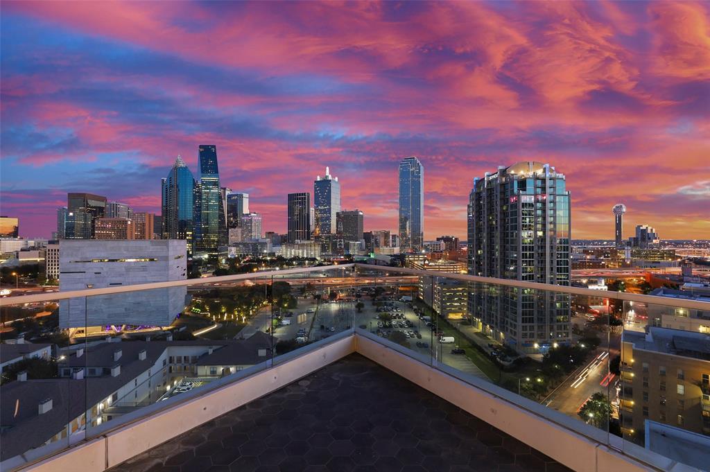 2408 Victory Park Lane 1435, Dallas, TX 75219