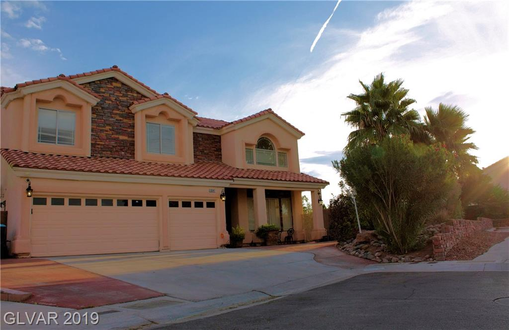 GREAT LOCATION HOME AND FOR ENTERTAINMENT/3 BLOCKS AWAY FROM THE STRIP/ HUGE SWIMMING POOL AND SPA /  ROUND GAZEBO /  DUAL MASTER BEDROOMS ONE DNSTRS and UPSTRS/ GOOD SIZE LOFT- WORKOUT AREA / LOTS OF UPGRADES, TRAVERTINE AND HARDWOOD FLOORING/ CROWN MOLDINGS THROUGH OUT/ IT'S A MUST- SEE PROPERTY !!!