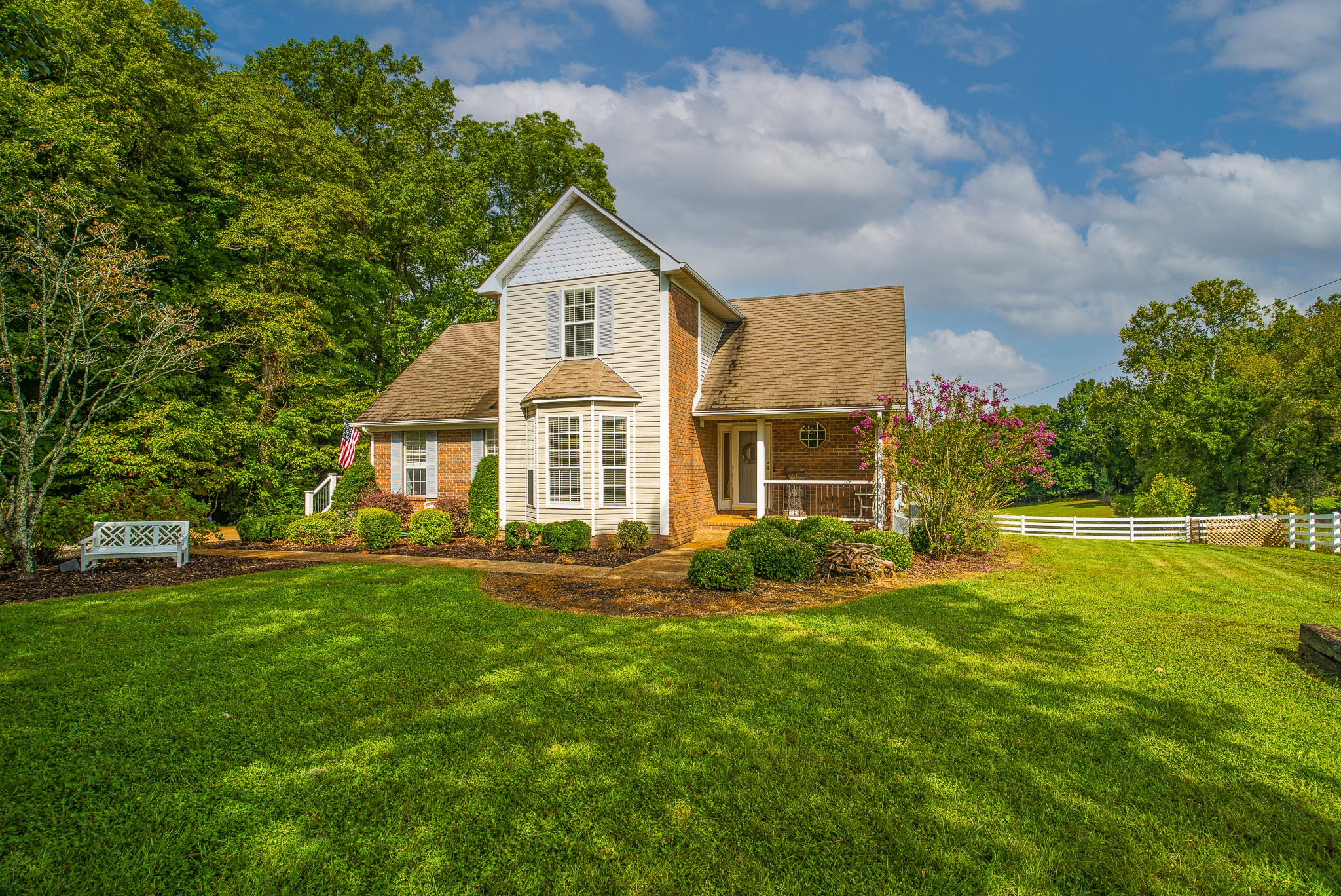 2391 Double Branch Rd, Columbia, TN 38401