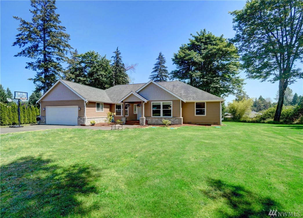 Located on a quiet tree lined street in the Tahoma School District. Better than new stunning spacious rambler with soaring ceilings on a large flat lot.  Built in 2006 and beautifully remodeled in 2019 with new paint, flooring, appliances, counter tops, back splashes, mill work, and fixtures. Open floor plan. 4 bedrooms plus a den. Large master suite with a walk-in closet and a jetted tub in the 5 piece master bath. Private level fully fenced rear yard. Covered back deck. A MUST SEE NOW!
