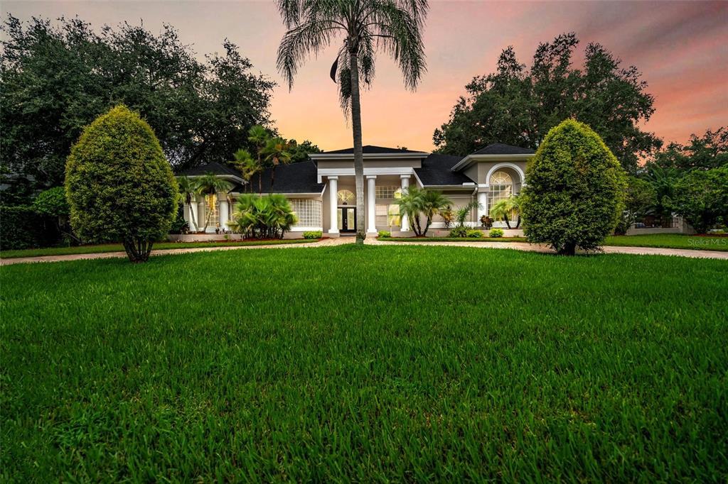 6207 Emmons Lane, Tampa, FL 33647
