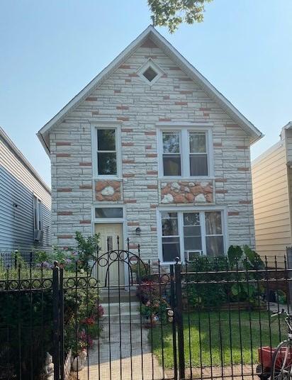 2729 S Kedvale Avenue, Chicago, IL 60623
