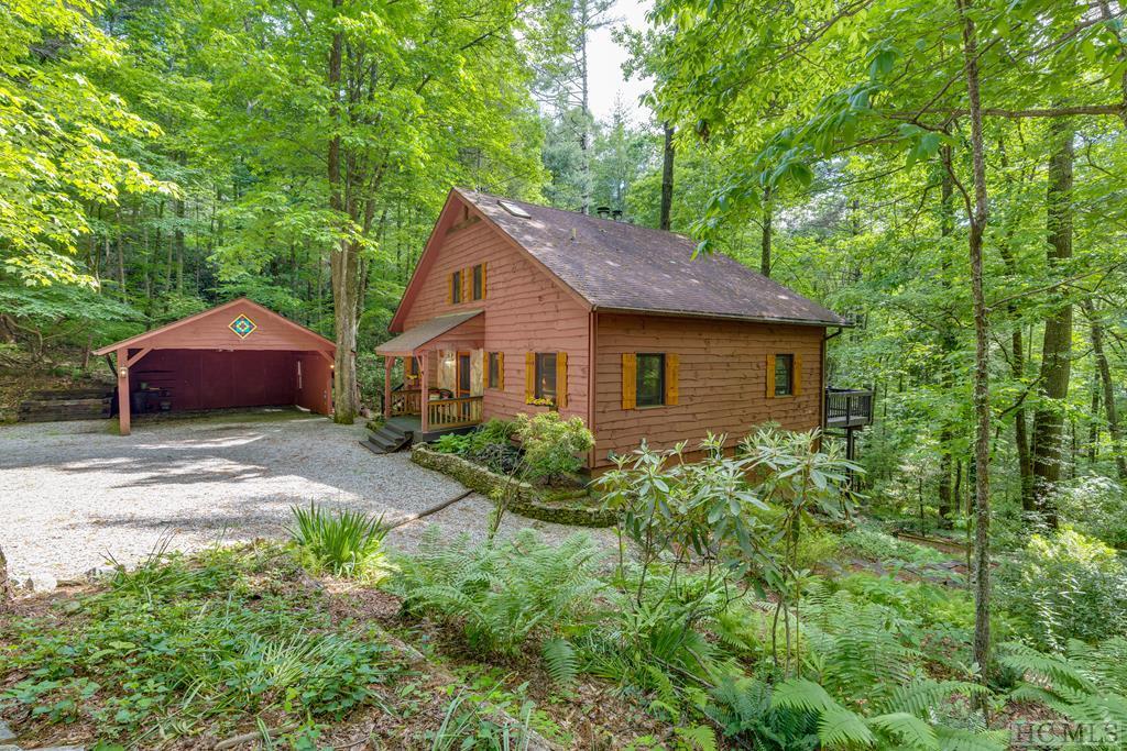 359  Chestnut Ridge Road