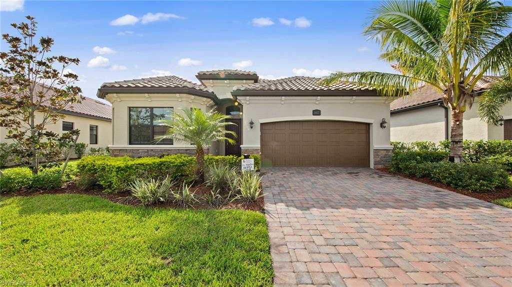 28027 Edenderry Ct, Bonita Springs, FL 34135