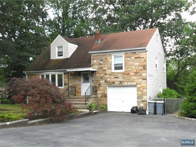 47 Bullens Avenue, Wayne, NJ 07470