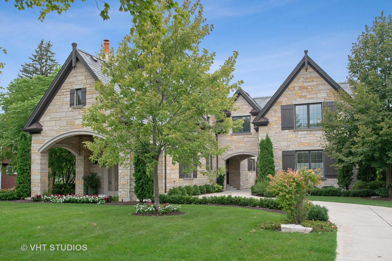 726 HASTINGS Street, Park Ridge, IL 60068
