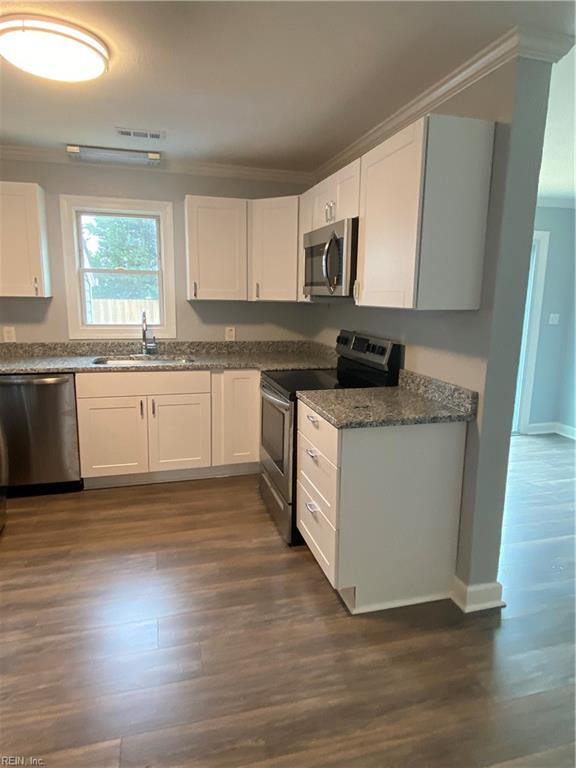 108 Swain Avenue, Chesapeake, VA 23324