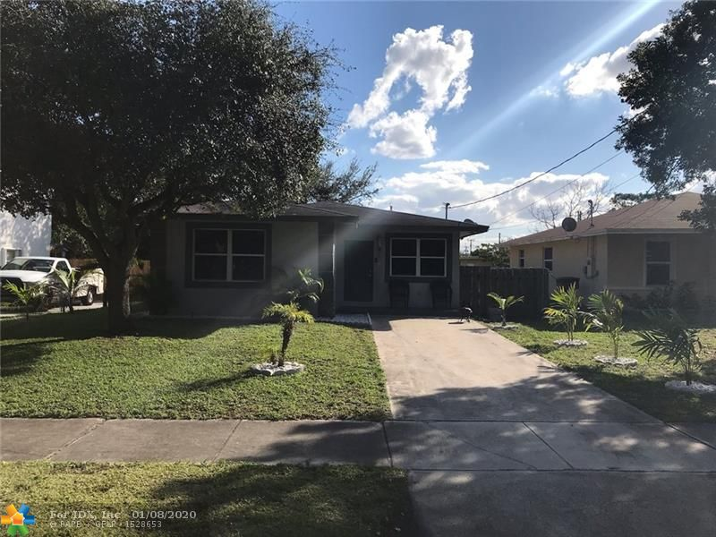 A true gem is awaiting you. 3 Bed 2 baths with a huge walk in master closet. A gorgeous private fenced backyard with room for a pool and no association. Minutes away from the I95 and turnpike for an easy commute as well as shopping and entertainment. The beach is less than 15 mins away motivated seller don't miss your opportunity because this property will not last.