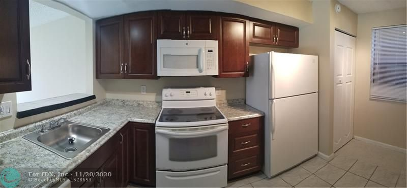 Investors' dream. Renovated 2 Bedrooms & 2 Bathrooms, new kitchen with stove, microwave, dishwasher and refrigerator, Washer and Dryer inside unit !! Bright living room & master bedroom with direct water view. Laminated floor on both bedrooms, and waking closet. Park in front of your unit door. Plenty of guest parking. Rent immediately without limits. No association approval process !!! Great investment with high return. Must see...