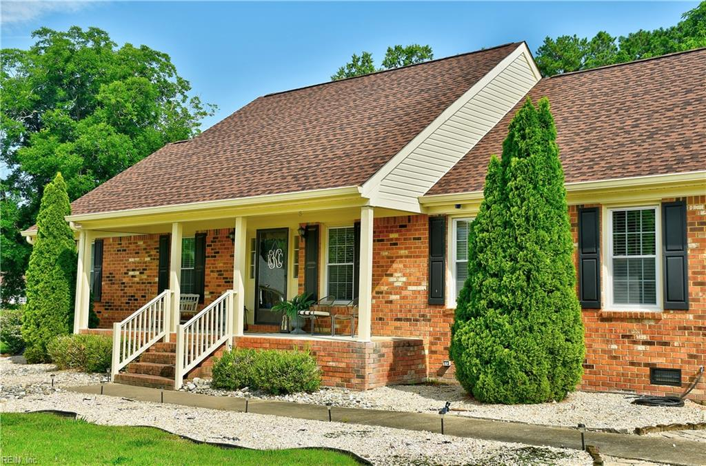 704 Lindenbrook Lane, Chesapeake, VA 23322
