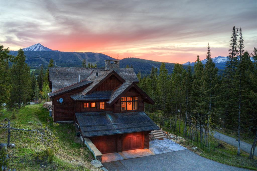 Custom Locati designed 3 bedroom 2.5 bathroom home, perched on top of the ridge, with unobstructed views of Lone mountain and the Spanish Peaks. This home is minutes away from all the amenities at Spanish Peak Mountain Club. Golf membership is affiliated with this property.