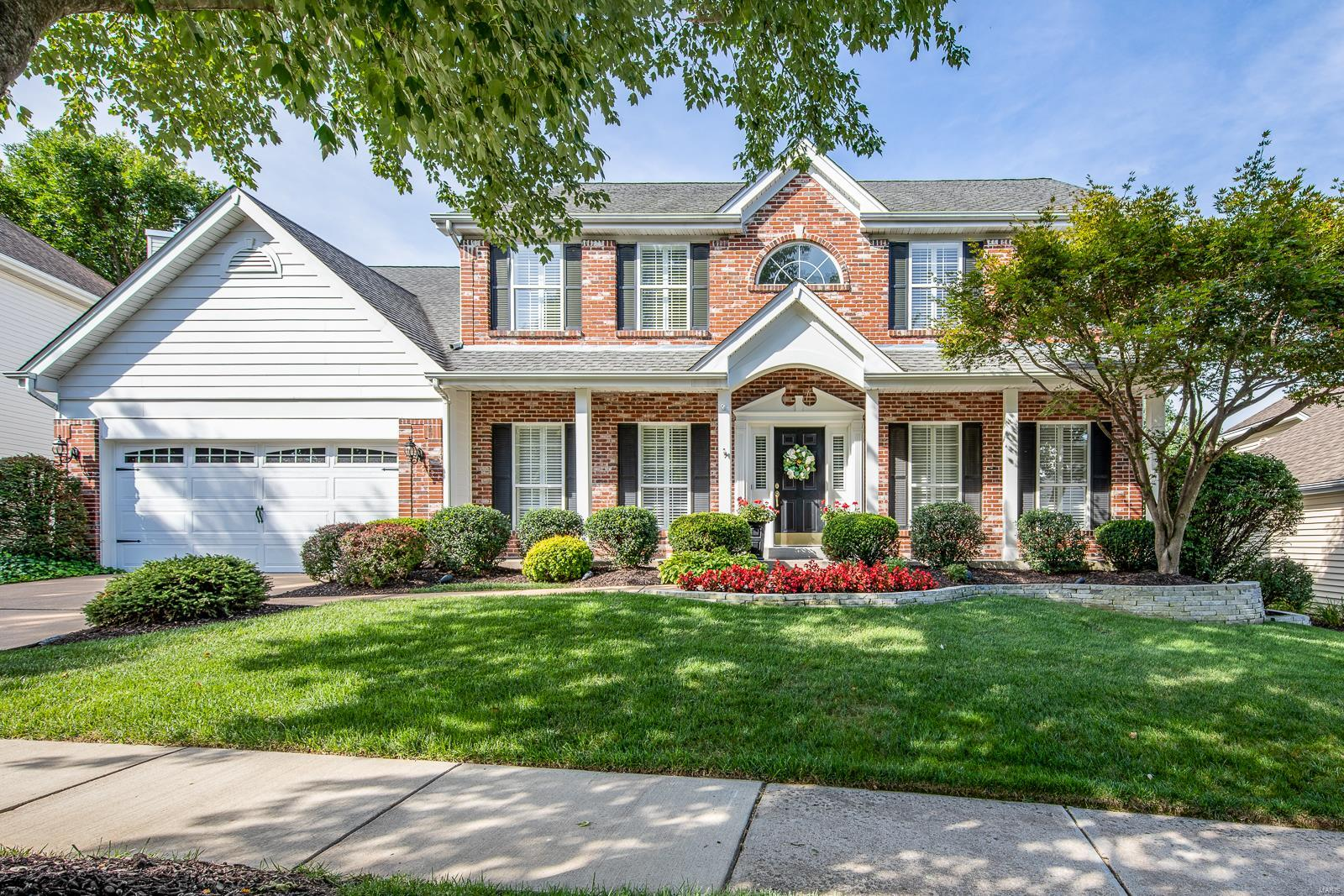 210 Lansbrooke Drive, Chesterfield, MO 63005