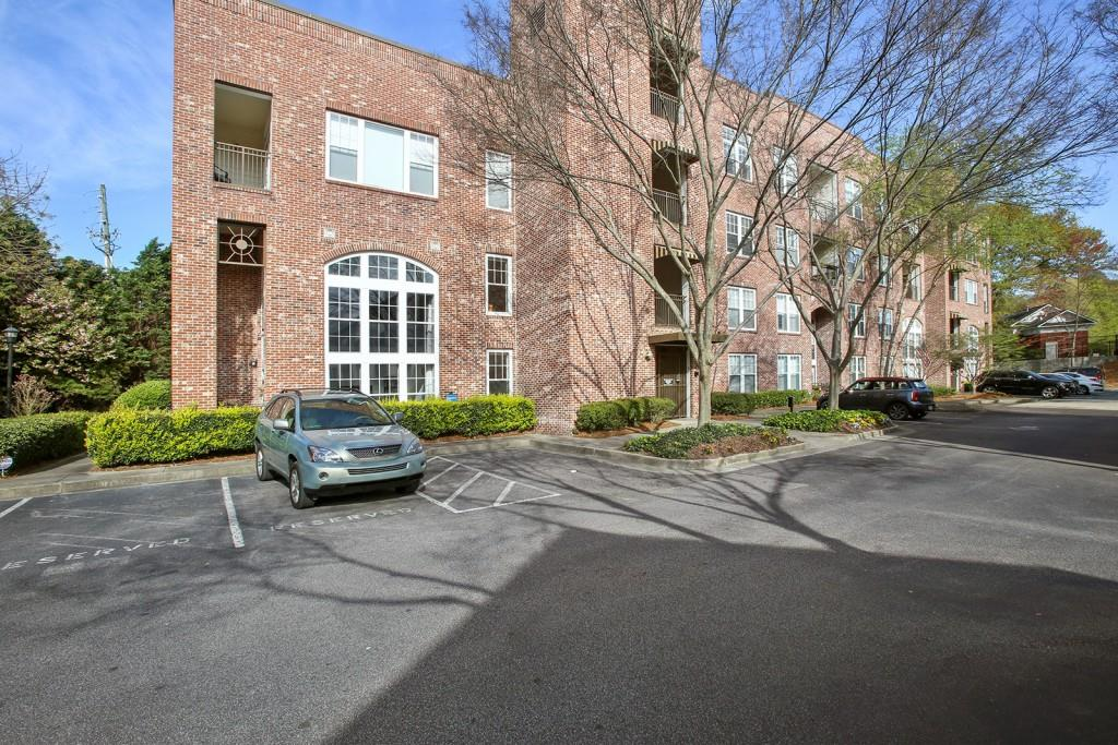 Welcome to this rarely available contemporary top floor loft. Close to everything. Just minutes to the Beltline, Krog Street Market, Ponce City market, Inman Park, and so much more. High ceilings. Tons of natural light. Walk-in closet. Covered, secured, assigned parking. Balcony view and additional storage. This will not last, see this one today!