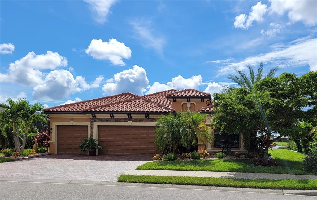 20735 Granlago Drive, Venice, FL 34293