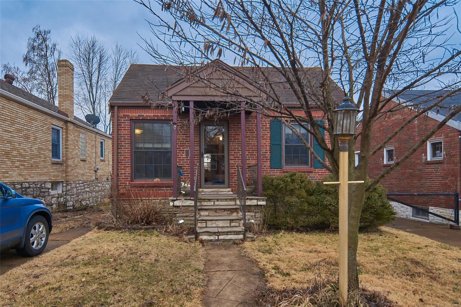 7050 Plainview Avenue, St Louis, MO 63109