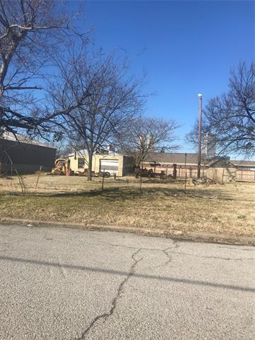 512 S Quaker Avenue, Tulsa, OK 74120