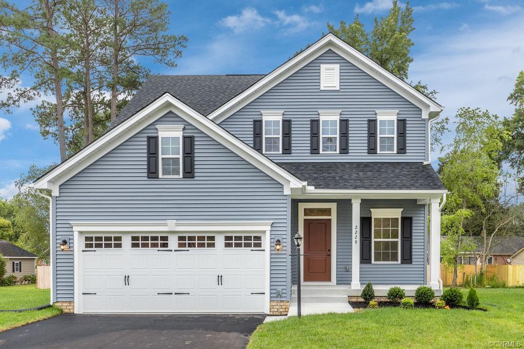 LAST CHANCE TO LIVE IN ROCKY BRANCH FARM! THIS HOME IS READY FOR IMMEDIATE DELIVERY! Upgraded cabinets, granite, stainless appliances, covered front porch and so much more. This home has it all!