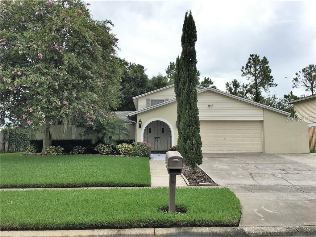 15722 Gardenside Lane, Tampa, FL 33624