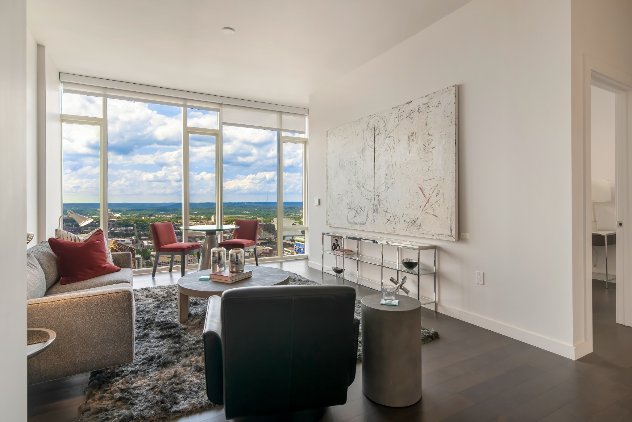 Modern elegance and timeless sophistication at the unparalleled 505 high-rise. Beautifully appointed 2-BR with breathtaking wall-to-wall views of Nashville's iconic skyline and distant hilltops. Resort-style pool, cabanas, tennis, Technogym fitness center, dog park. Exclusive owners-only wine cellar, lounge, dining room with catering kitchen and fitness. Located in the epicenter of all downtown activities. Walk to music, theater, sports and restaurants.