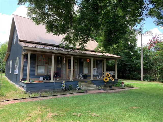 311 N Choctaw Street, Caddo, OK 74729